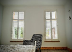 Bedroom Narrow shutters